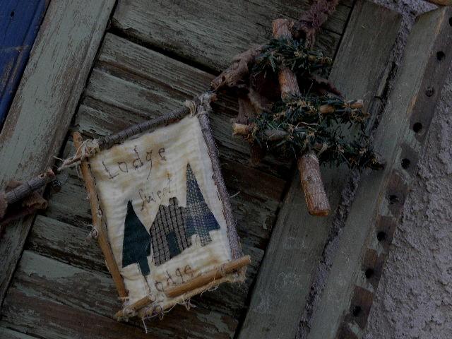 Moose Lodge Garland